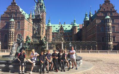 Tur til Frederiksborg Slot og Det Naturhistoriske Museum